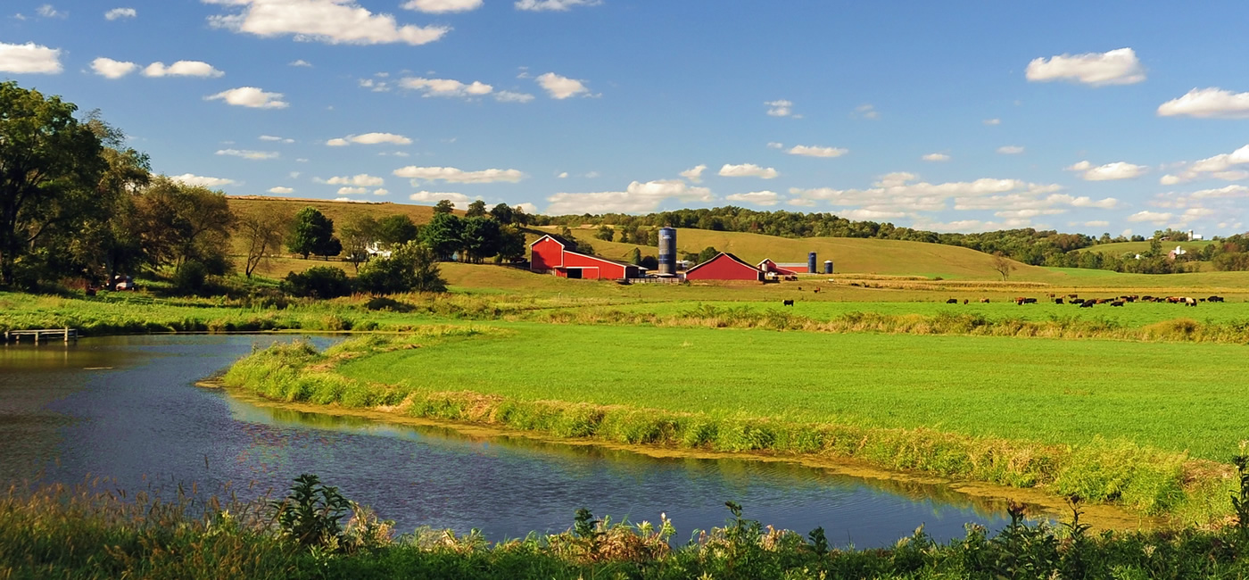 Amish Country Cabins - Beautiful Scenic River View