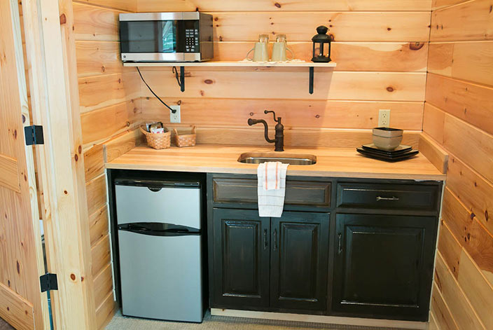 Amish Country Bed and Breakfast Kitchenette