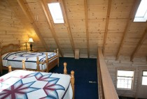 Cabin in Amish Country - Sleeps 8 - Blue Jay's Nest