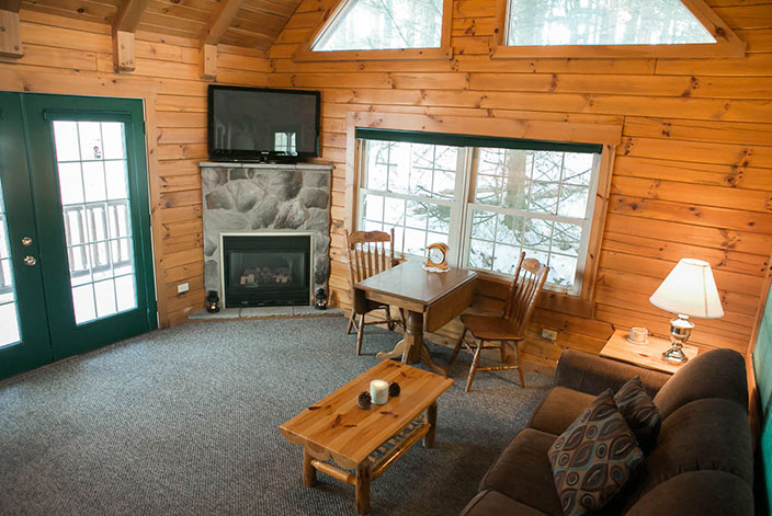 Amish Country Ohio Cabin Rentals - Living Room