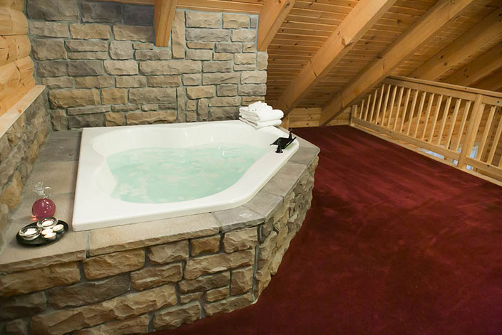 Beautiful Jacuzzi Tub in an Amish Country Cabin