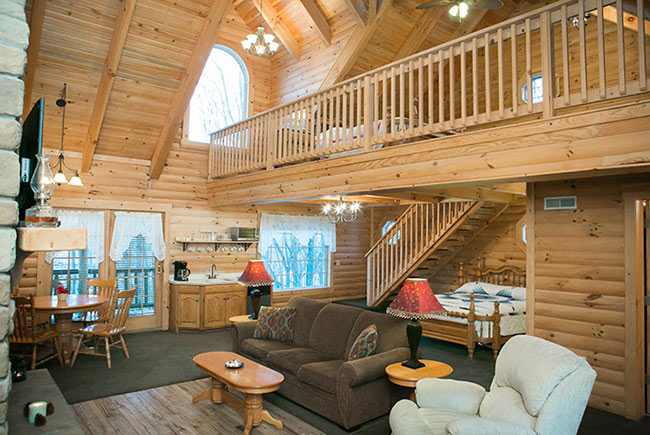 Cabin Rentals in Berlin Ohio Near Downtown - Stunning Beds & Loft