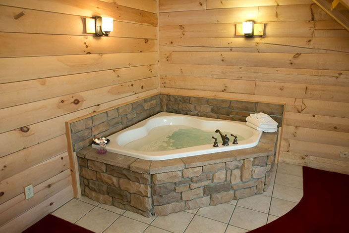 Amish country vacation beautiful cabins by downtown for Where can i buy a bathtub