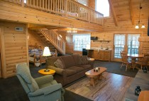 Owl's Perch Cabin Rental in Holmes County