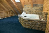 Cabin Rental in Holmes County - Jacuzzi Tub For Two