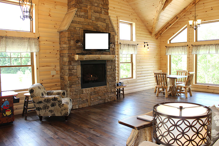 Amish Country Ohio Cabins with Fireplace