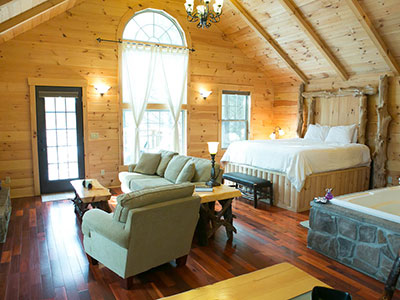 Beautiful Suites for Adults - Amish Country Ohio Getaway