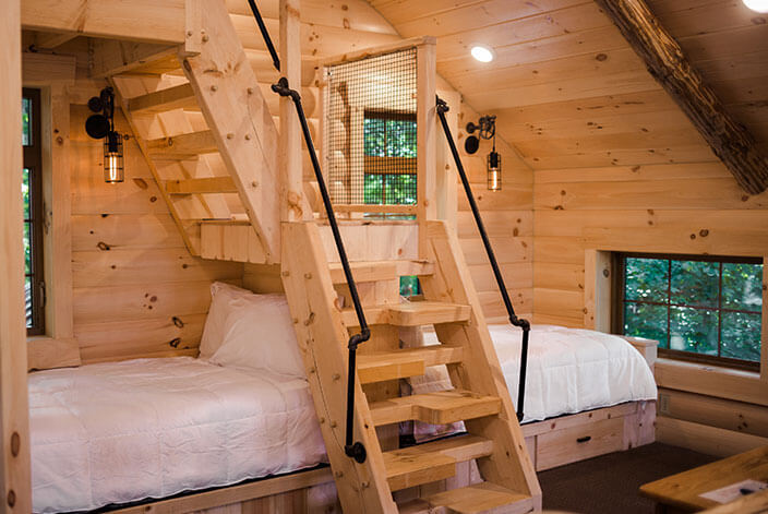 Treehouse #3 beds
