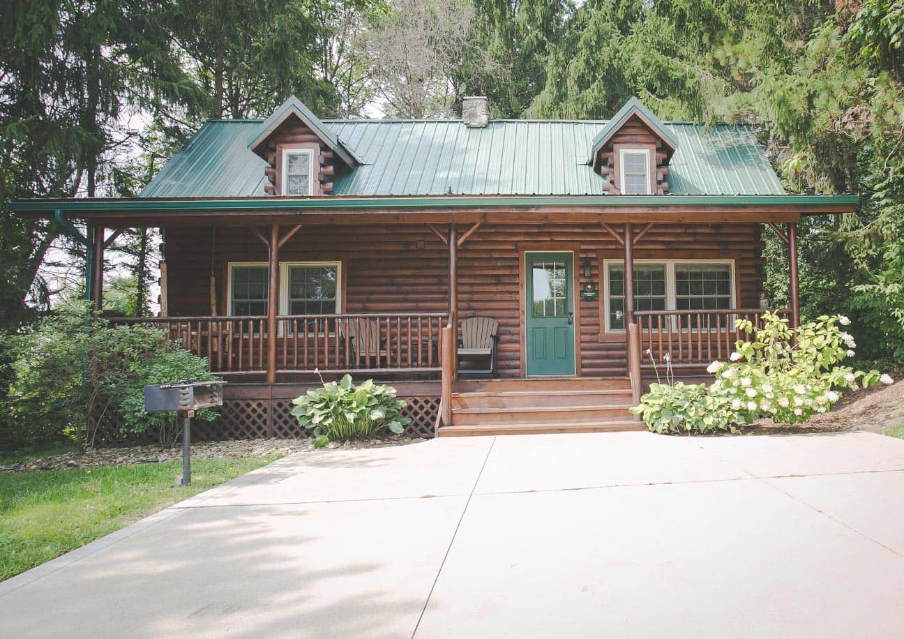 Exterior of The Evergreen Log Cabin