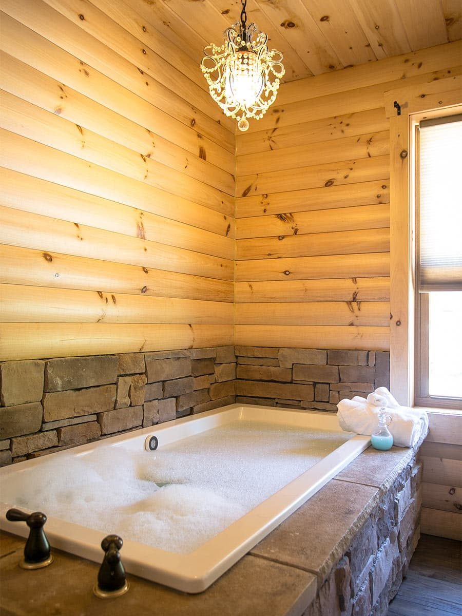 Stone 2-person jetted tub
