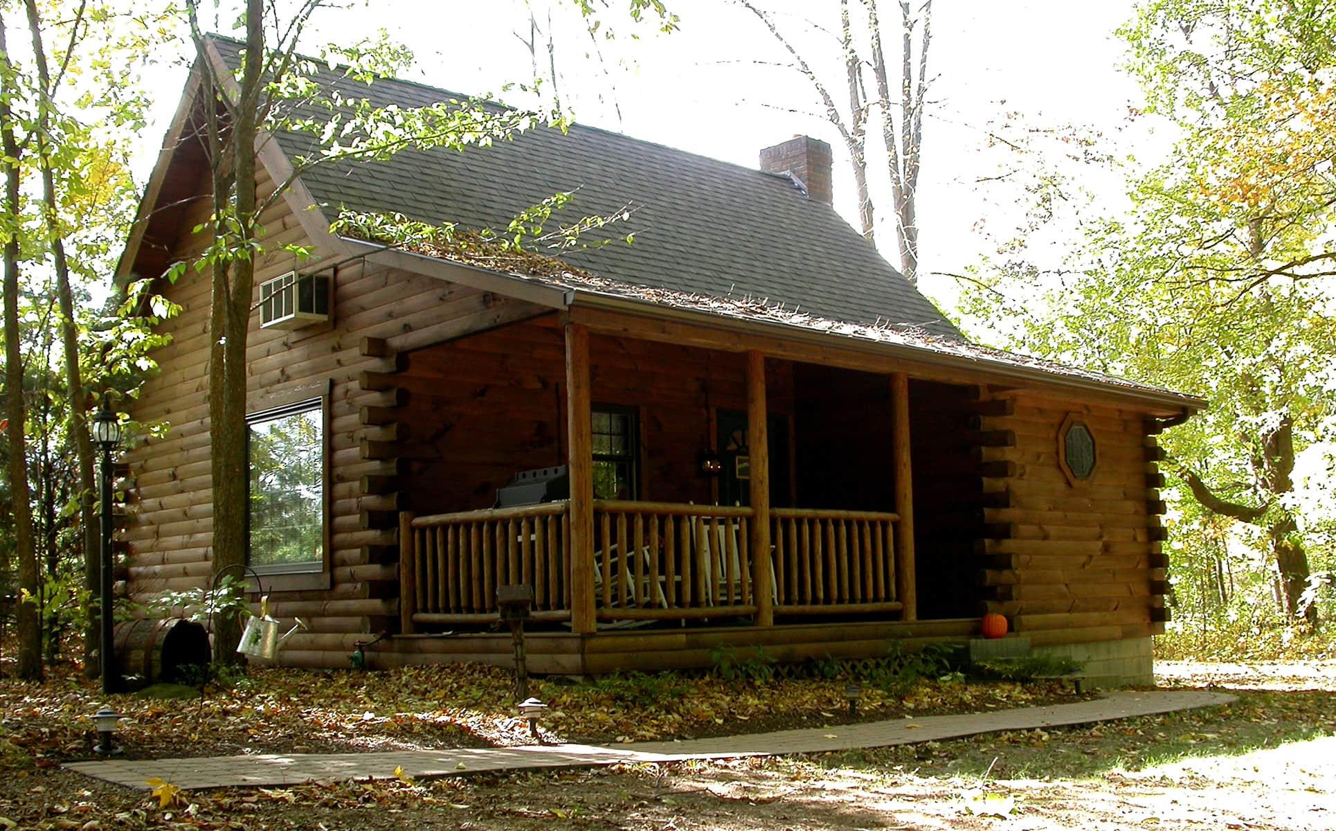 Grapevine Cabin exterior