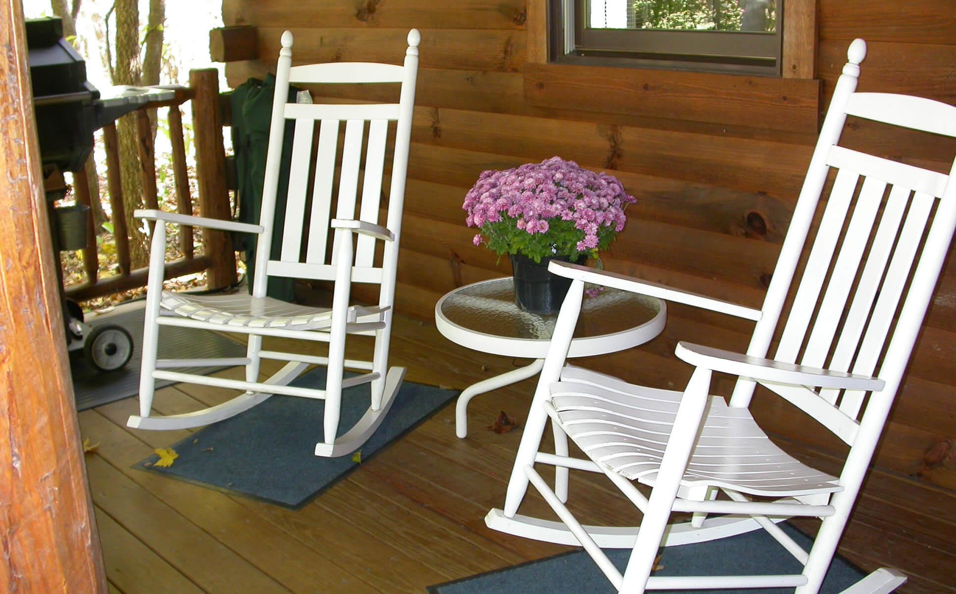 Grapevine Cabin porch