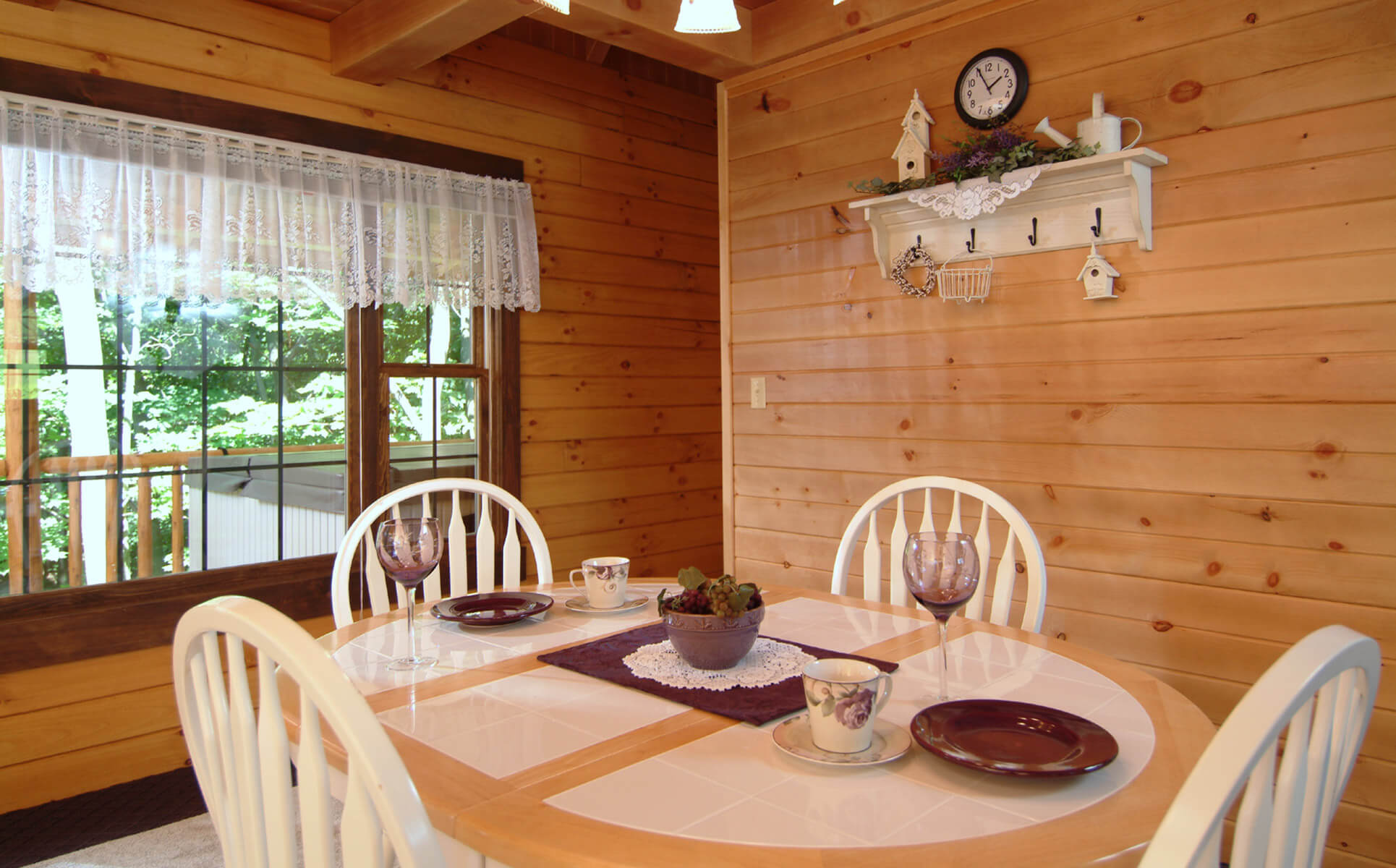 Wild Rose Cabin table